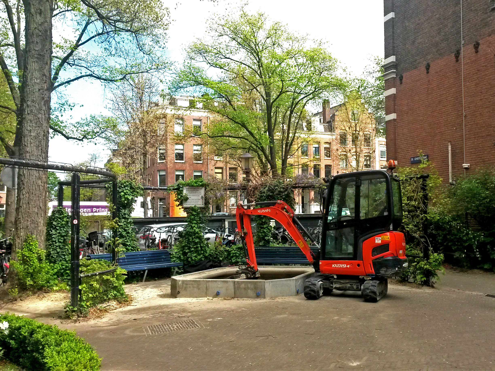 humanlike.co playground bulldozer amsterdam